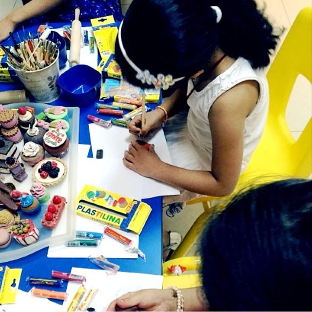مشاركتي لتدريب الأطفال بورشة عمل في مجموعة قصتي التطوعية